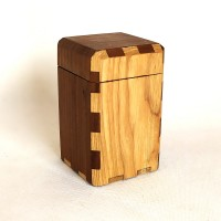 wooden box ash/walnut
